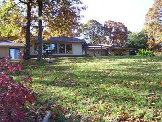 Trimble Creek Lodge - Oakland vacation rentals