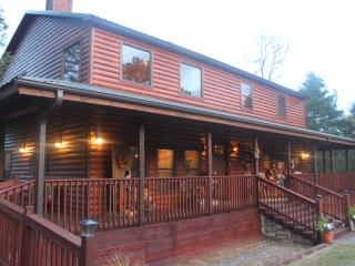 Luxurious Brown Bear Cabin - Oklahoma vacation rentals