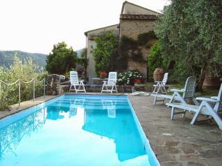 Casa Serra - Buti vacation rentals