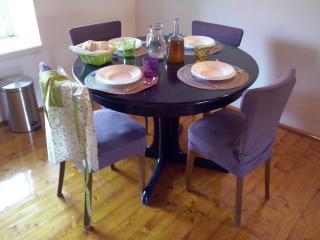 Apartment Dulcis - Stari Grad vacation rentals