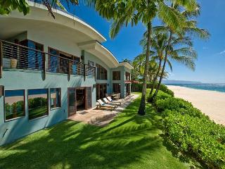 Last Minute Rate $695! Modern Hawaiian Luxury on Oahu's Best Beach - Haleiwa vacation rentals