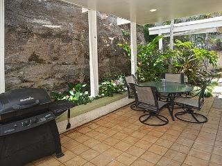 Spectacular Views, Pool, Contemporary Design, Exclusive Honolulu Neighborhood - Haleiwa vacation rentals