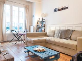 Lovely,typically Parisian 1BR for 4-Montmartre - Paris vacation rentals