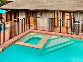 Private pool and spa, ocean and sunset views, and very affordable rates! - La Jolla vacation rentals