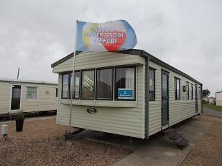 Caravan, Martello Beach Clacton (Park Resorts) - Clacton-on-Sea vacation rentals