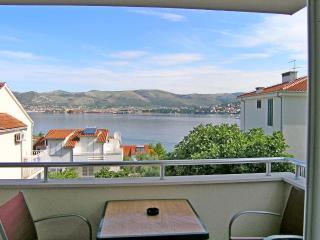 Apartments Mirjana - 45431-A1 - Okrug Gornji vacation rentals