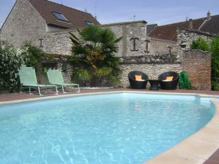 Le Clos Elisa - Saint-Laurent-Nouan vacation rentals