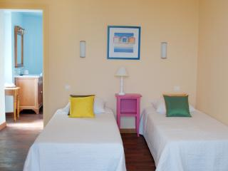 Bellevue Lauris - Lourmarin - Lauris vacation rentals
