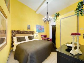 PIAZZA NAVONA - PANTHEON - Colonna vacation rentals