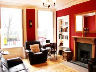 20 Gardner's Crescent, Central Edinburgh - Edinburgh vacation rentals