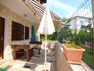 Apartments Hilmija - 73131-A2 - Novigrad vacation rentals