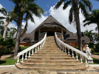 Exclusive holiday villa - Coast Province vacation rentals