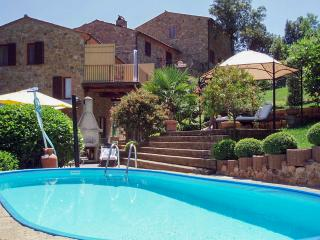 Gorgeous, 3-bedroom house with balcony, garden, private pool and stunning views - Caldana vacation rentals
