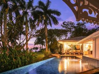 Oceanfront Diosa del Mar, impressive décor, 60 ft pool and maid service - Guanacaste vacation rentals