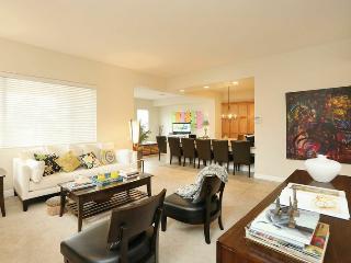 MODERN 3BD/3BA HOME from $199 - Las Vegas vacation rentals