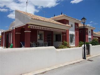 3 Bed, 2 Bath Villa in quiet location Free WiFI - Alicante vacation rentals