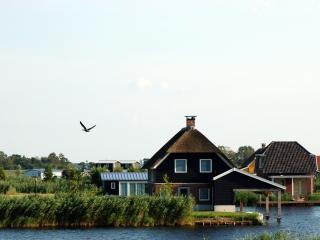 Deluxe huisje met 3 slaapkamers - Giethoorn vacation rentals