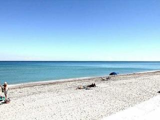 Beautiful Ocean View Apartment on Hollywood Beach - Hollywood vacation rentals