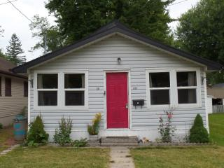 Crystal Beach Cottage - Crystal Beach vacation rentals