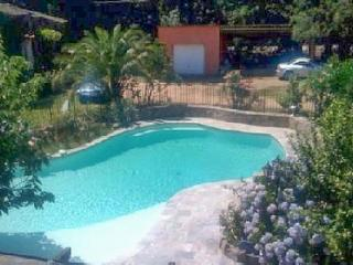 Charming house in Lecci with 3 bedrooms, swimming pool and terrace - Lecci vacation rentals