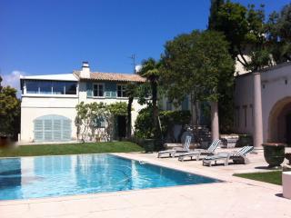 VILLA FABRON, NICE, FRENCH RIVIERA - Nice vacation rentals