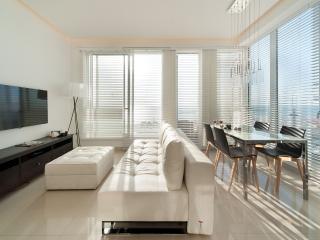 Hayarkon 67 - 2 Bed Rooms with Sea View - Tel Aviv vacation rentals