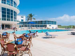 Castle beach studio,Free parking, On the beach!!! - Miami Beach vacation rentals