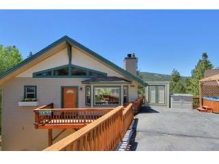 BIG BEAR LAKE house. STUNNING VIEWS of ski slopes! - Big Bear Lake vacation rentals