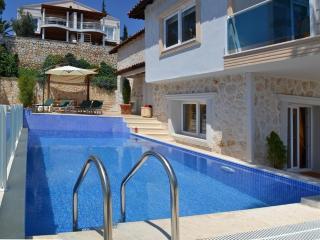 Holiday villa in Kalamar / Kalkan , sleeps6 : 077 - Kalkan vacation rentals