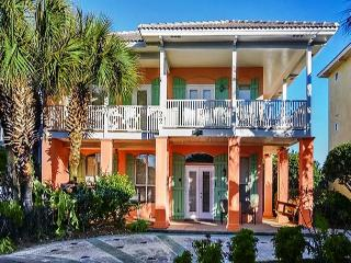 BEAUTIFUL BEACHOUSE FOR 10! OPEN 8/22-29! CALL NOW BEFORE ITS GONE! - Destin vacation rentals