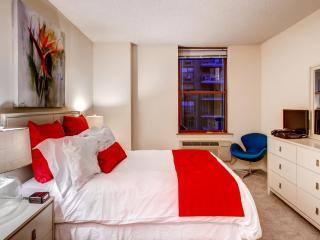 Lux Hoboken 1BR, minutes from NYC - Hoboken vacation rentals