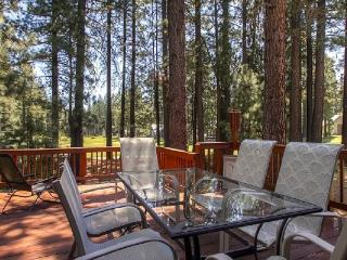 #192 COTTONWOOD Outstanding home on 16th Fairway of Plumas Pines Golf Resort $240.00- $275.00 BASED ON 4 PERSON OCCUPANCY AND NU - Plumas County vacation rentals