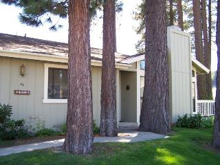 #74 PONDEROSA Cute as a button! $90.00-$125.00 BASED ON FOUR PERSON OCCUPANCY AND NUMBER OF NIGHTS (plus county tax, SDI, and processing fee) - Plumas County vacation rentals