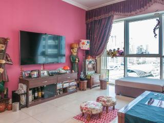 Bedroom with Amazing Balcony Garden - United Arab Emirates vacation rentals