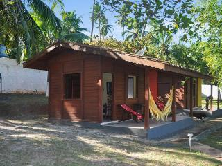 Lovely cabana in Barra do Jacuipe, Bahia with pool, close to the sea - Arembepe vacation rentals