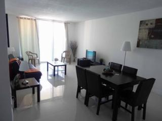 The Tides two bedroom with great ocean view - Hollywood vacation rentals