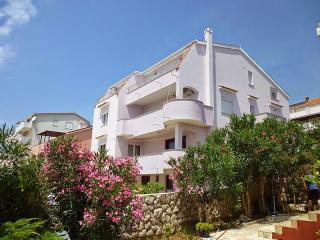 Beautiful spacious appartaments Hugo - Novalja vacation rentals