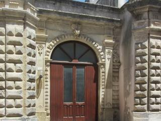 Beautiful house in Marittima (Province of Lecce) with 2 bedrooms and a private garden - Marittima vacation rentals