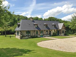 Fantastic getaway in the Eure, Normandy, with 2 houses, lush garden and rustic-chic décor - Eure vacation rentals