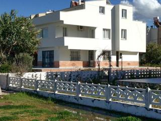 Large house in Guzelcamli, Turkey, with 4 bedrooms and facing the sea! - Aegean Region vacation rentals