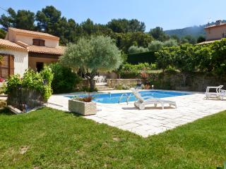 Picturesque villa in Ceyreste, Provence, with beautiful pool and garden - Ceyreste vacation rentals