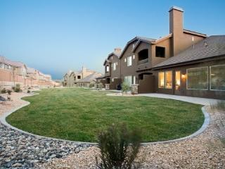 Single Level Vacation Home with Wrap Around Patio in St George - Southwestern Utah vacation rentals