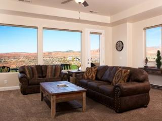A Fairway to Heaven with breathtaking views of Coral Canyon Golf Course - Saint George vacation rentals