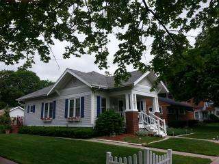 Lake Geneva Charming Historic Bungalow - Lake Geneva Area vacation rentals