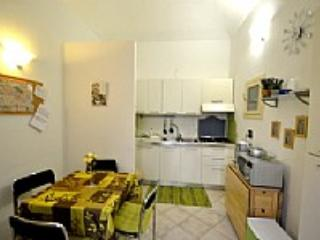 Appartamento Ruben - Roatto vacation rentals