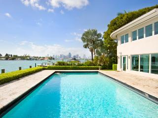 Jolie - Stunning Luxury Villa, Beautiful Bay Views - Miami Beach vacation rentals