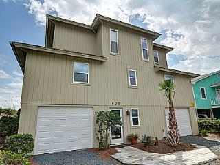 Wayne's World - Oceanfront in Topsail Beach - Topsail Beach vacation rentals