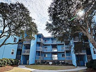 Topsail Reef 202 - Oceanfront in North Topsail Beach, SAVE UP TO $70!!! - North Carolina Coast vacation rentals