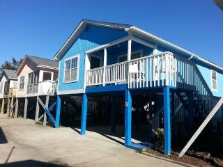 Lazy Days @ Blue Bell Cottage. Relax and Unwind!! - Garden City Beach vacation rentals