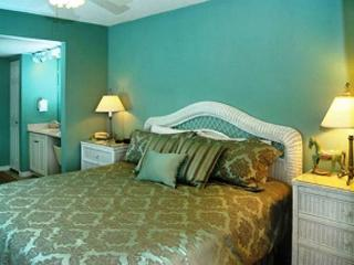 6TH FLOOR BEACHFRONT FOR 6!  OPEN 9/7-10! ONLY $495 TAX INCLUDED! - Fort Walton Beach vacation rentals